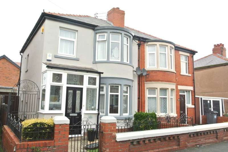 3 Bedrooms Semi Detached House for sale in Harcourt Road, Blackpool, FY4 3HP