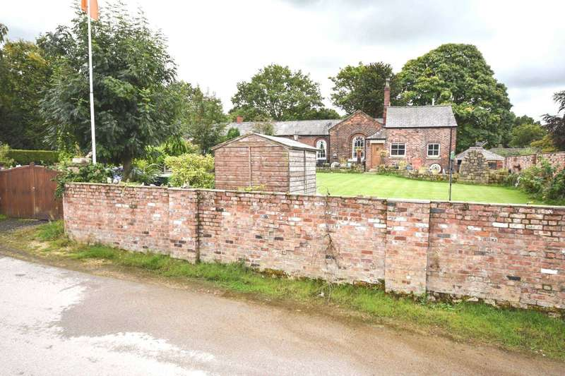 4 Bedrooms Semi Detached House for sale in TOWERS YARD FARM, TOWERS ROAD, POYNTON