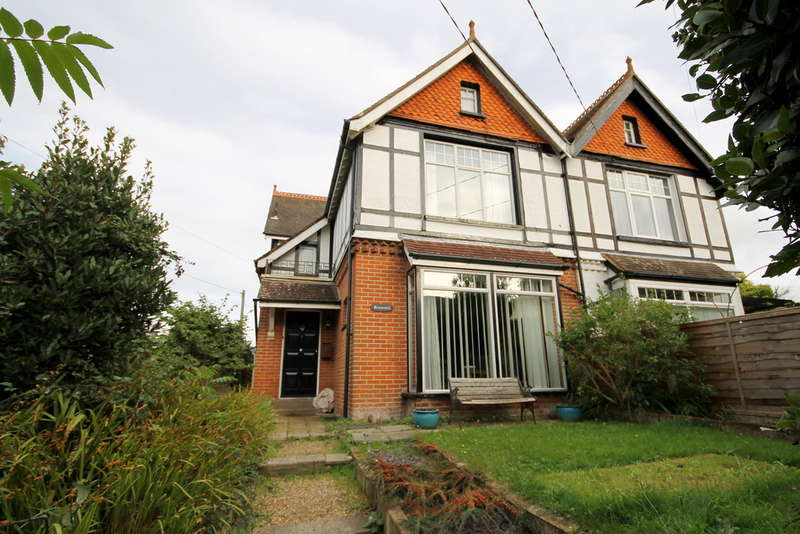 4 Bedrooms Semi Detached House for sale in Freshwater Bay, Isle of Wight