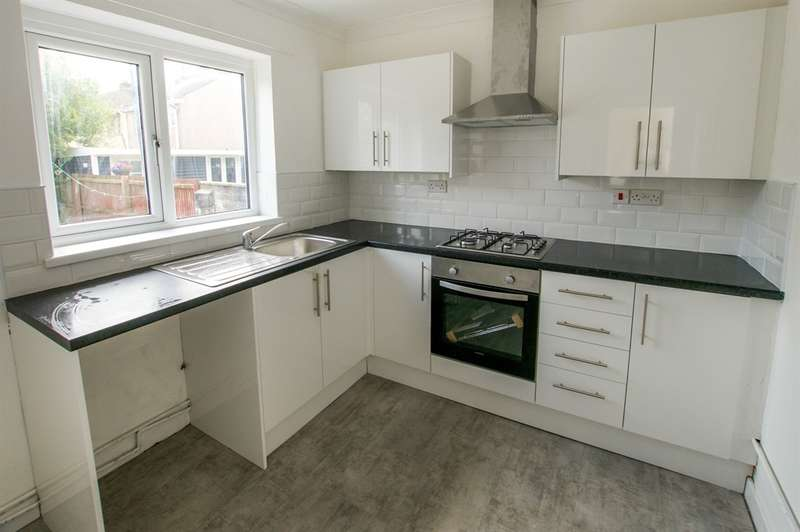 3 Bedrooms Semi Detached House for sale in Frampton Road, Gorseinon, Swansea