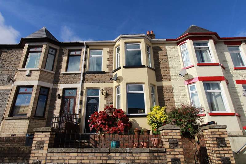 3 Bedrooms Terraced House for sale in Holland Street, Ebbw Vale, NP23