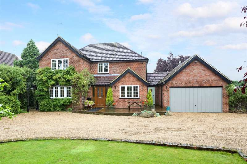 4 Bedrooms Detached House for sale in Copes Lane, Bramshill, Hampshire, RG27