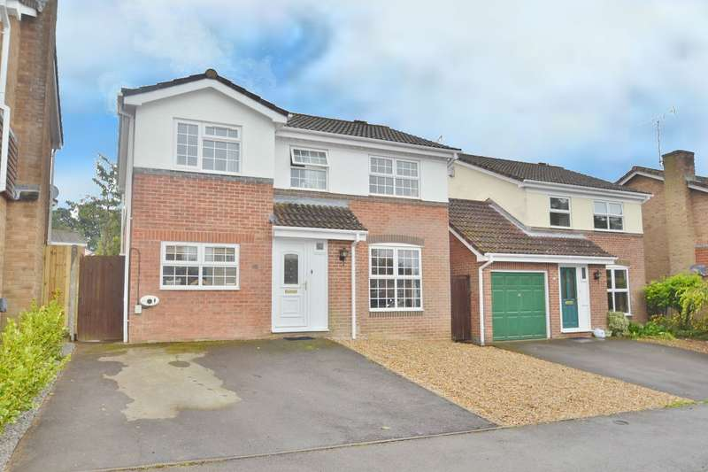 4 Bedrooms Detached House for sale in Fair Oak