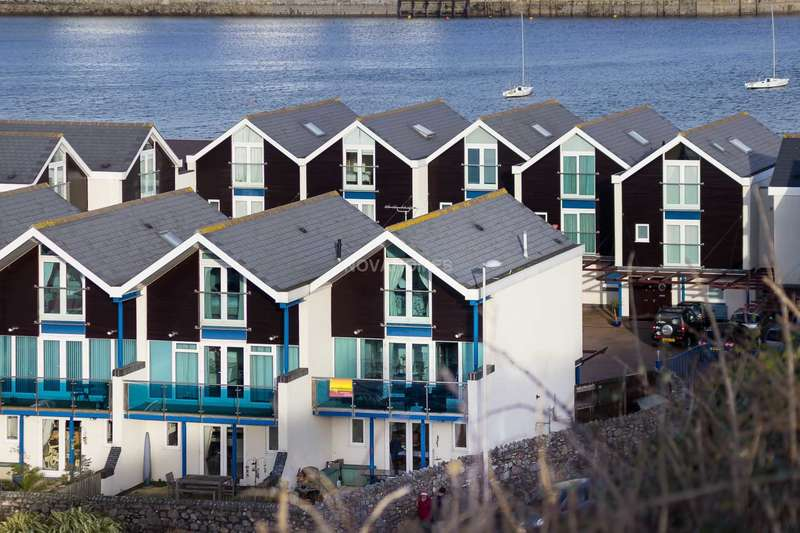 4 Bedrooms Town House for sale in Spinnaker Quay, Mount Batten, PL9 9SA