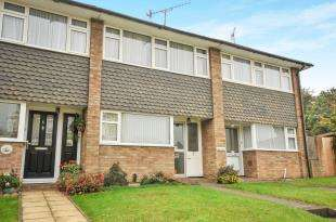 2 Bedrooms Terraced House for sale in Dene Court, Warham Road, South Croydon, .