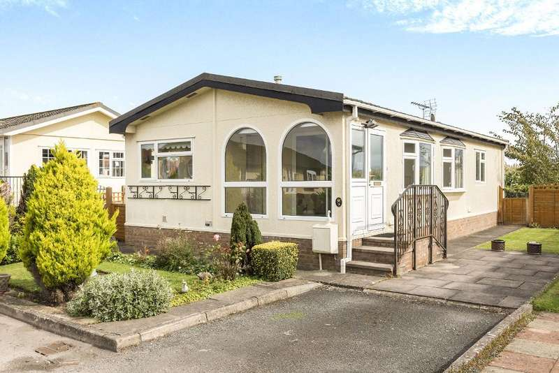 2 Bedrooms Park Home Mobile Home for sale in Odessa Park, Gloucester Road, Tewkesbury, Gloucester, GL20 7DA