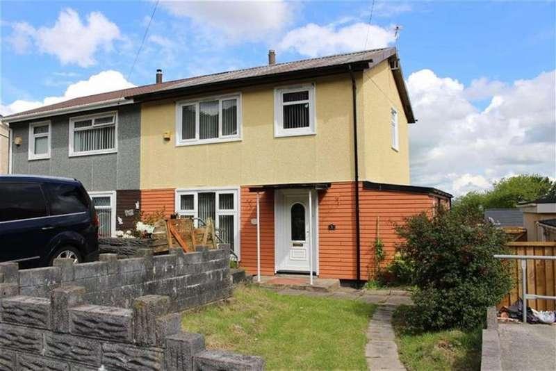 3 Bedrooms Semi Detached House for sale in Caergynydd Road, Waunarlwydd, Swansea