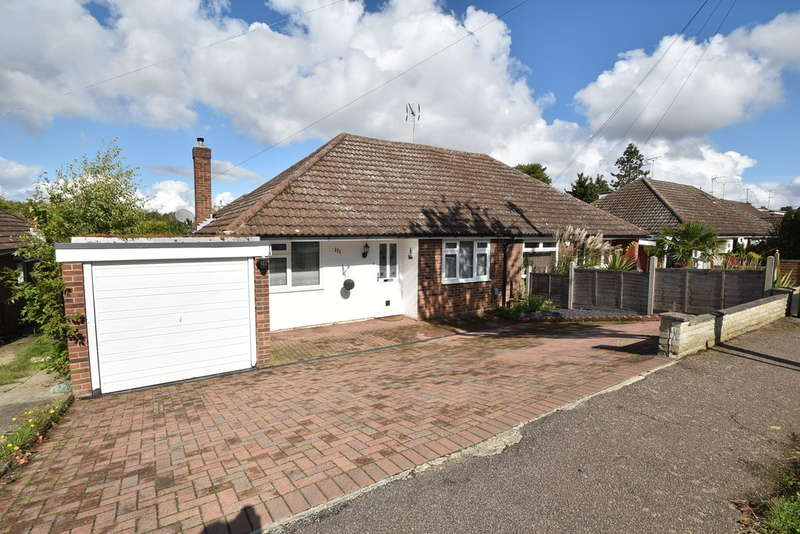 3 Bedrooms Semi Detached Bungalow for sale in Cannons Close, Bishop's Stortford