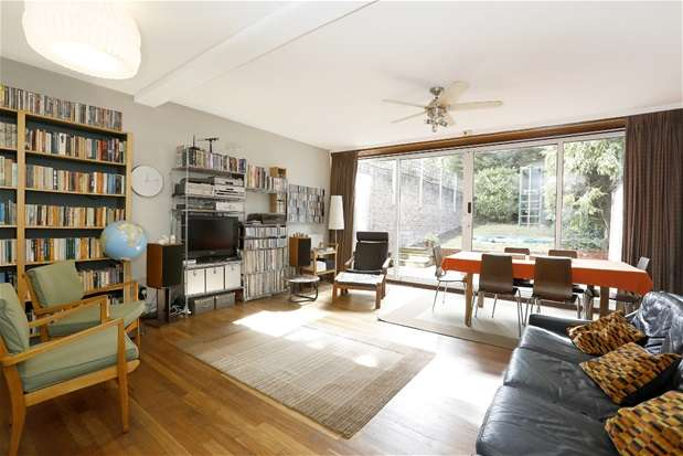 4 Bedrooms End Of Terrace House for sale in Little Bornes, Dulwich