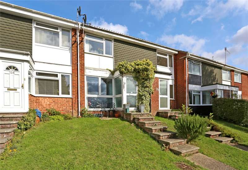 2 Bedrooms Terraced House for sale in Greenfields Avenue, Alton, Hampshire, GU34