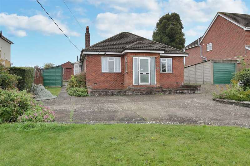 3 Bedrooms Bungalow for sale in Waltham Road, Overton