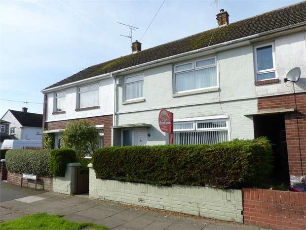 3 Bedrooms Terraced House for sale in Greenways, Porthcawl, Porthcawl, Mid Glamorgan