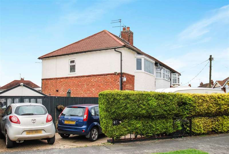 2 Bedrooms Semi Detached House for sale in George Avenue, Skegness