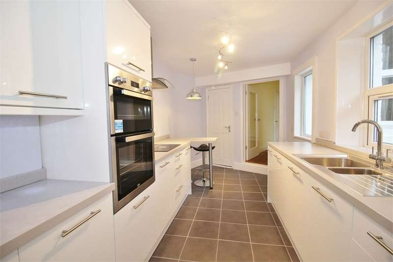 3 Bedrooms Terraced House for sale in CA3 9HR Scotland Road, Stanwix, Carlisle, Cumbria