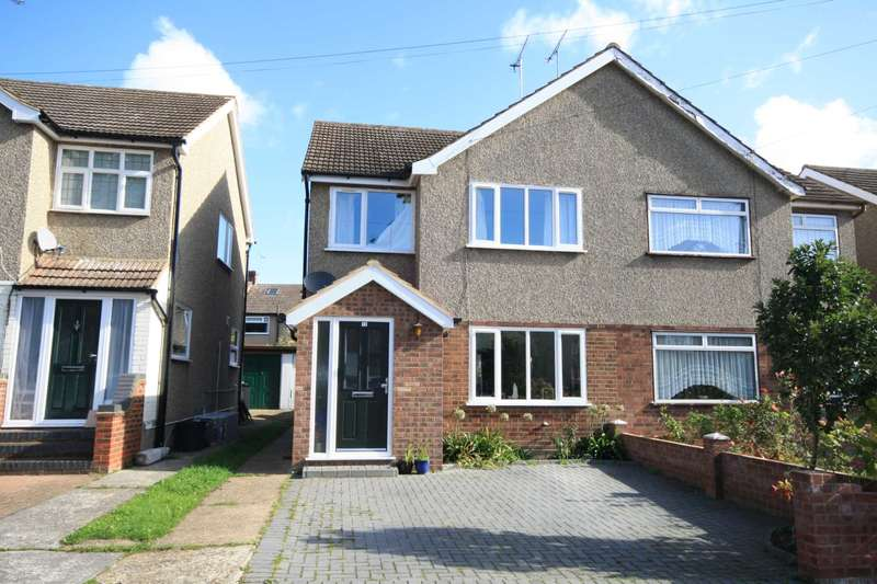 3 Bedrooms Semi Detached House for sale in Passingham Close, Billericay
