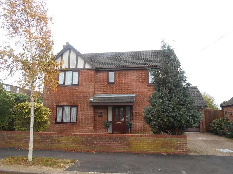 4 Bedrooms Detached House for sale in Manor Road, Bedford, Bedfordshire, MK41 9LQ