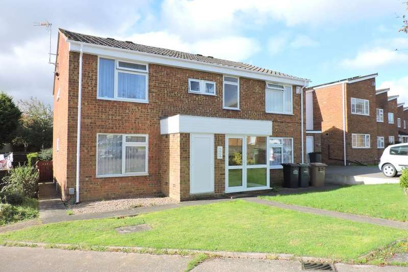 1 Bedroom Flat for sale in Seaford Close, Luton, Bedfordshire, LU2 8JX