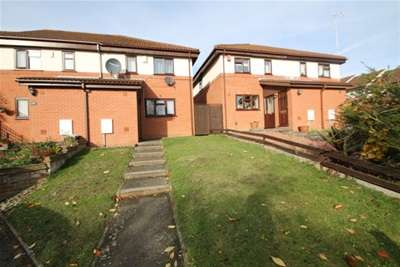 3 Bedrooms House for rent in Longbury Close - Orpington