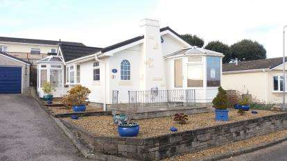 2 Bedrooms Bungalow for sale in Mountlea Country Park, Par, Cornwall