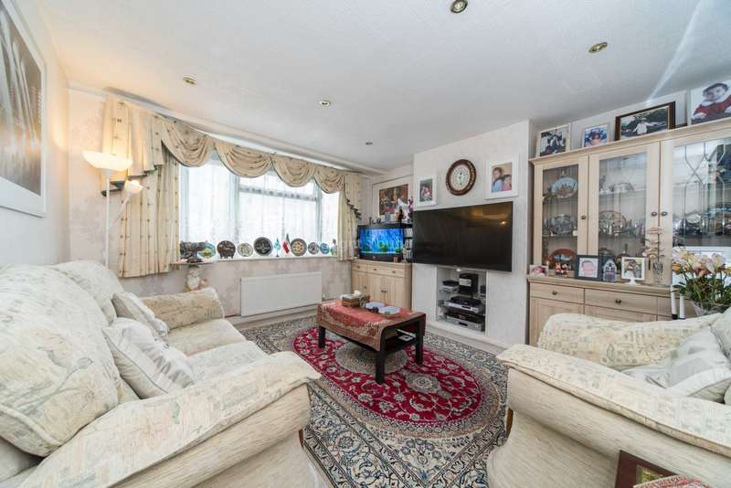 1 Bedroom Maisonette Flat for sale in Connell Crescent, London