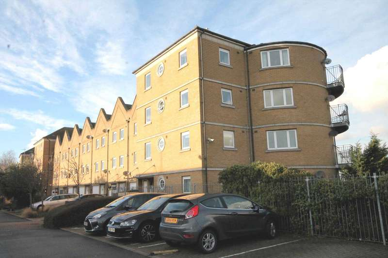 2 Bedrooms Apartment Flat for sale in Wharfside Close, Erith, DA8 1QR
