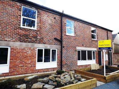 2 Bedrooms Flat for sale in Arcam House, Draycott Road, North Wingfield, Chesterfield