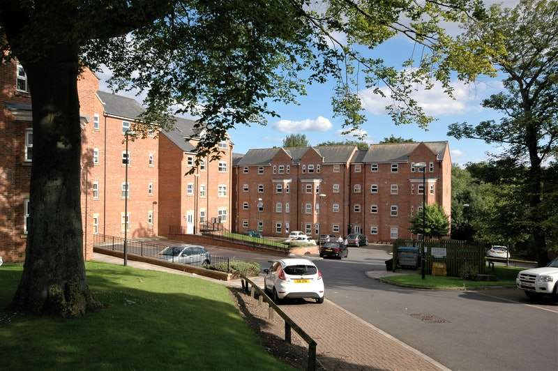 2 Bedrooms Flat for sale in Gray Road, Sunderland, Tyne and Wear, SR2