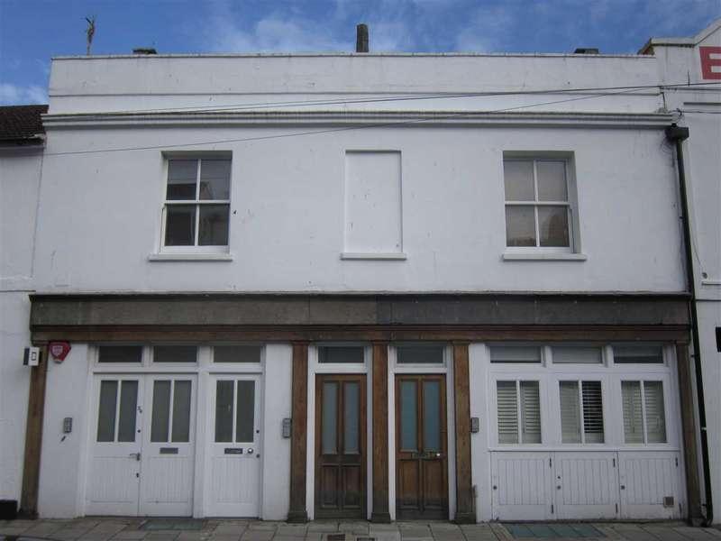 2 Bedrooms Flat for rent in Kemp Street, Brighton
