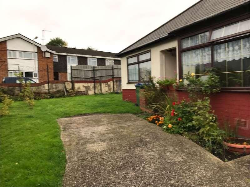 3 Bedrooms Detached Bungalow for sale in Station Street, Tipton, West Midlands