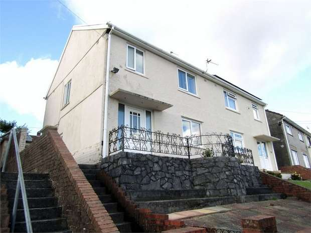 3 Bedrooms Semi Detached House for sale in Heol Llethryd, Pontyberem, Llanelli, Carmarthenshire
