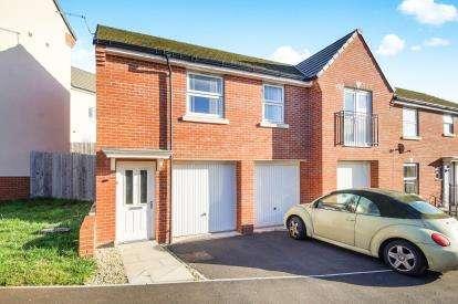 2 Bedrooms Maisonette Flat for sale in Wincanton, Somerset, .