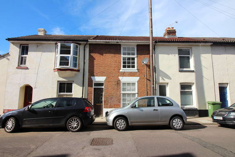 3 Bedrooms Terraced House for sale in Boulton Road, Southsea