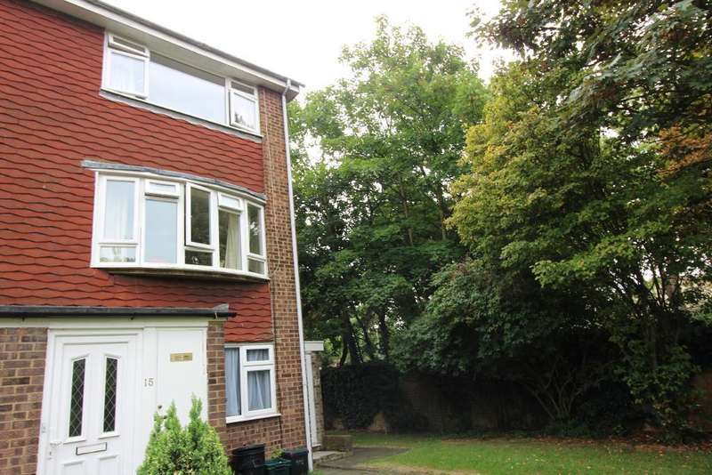 2 Bedrooms Maisonette Flat for sale in Clareville Road, Orpington, Kent, BR5 1RU