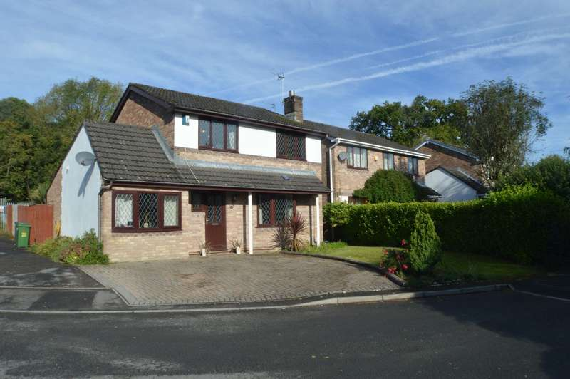 4 Bedrooms Detached House for sale in Clos Ty Clyd, Whitchurch