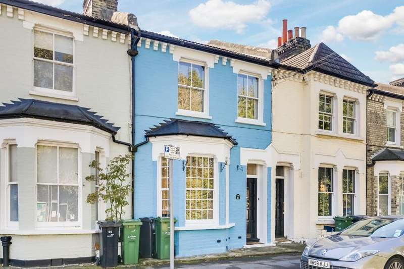 4 Bedrooms Flat for sale in Meadow Place, Vauxhall, SW8
