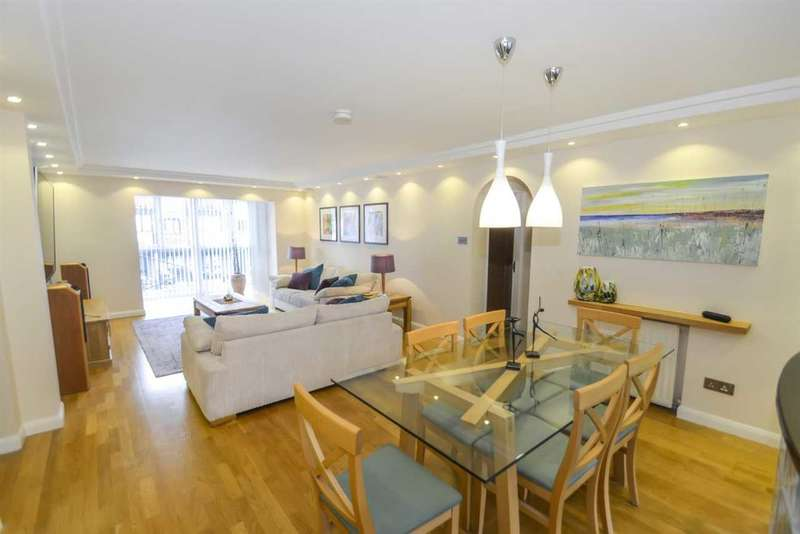 3 Bedrooms Apartment Flat for sale in Lancaster Drive, London