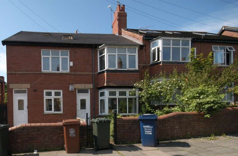 3 Bedrooms Maisonette Flat for sale in Cavendish Road, Jesmond, Newcastle Upon Tyne