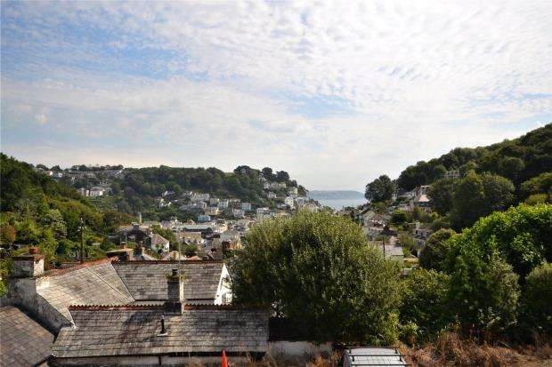 2 Bedrooms Semi Detached House for sale in Kenmore, West Looe Hill, Looe, Cornwall