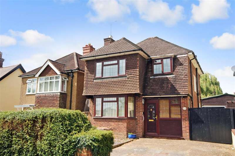 3 Bedrooms Detached House for sale in Brambletye Park Road, Redhill, Surrey