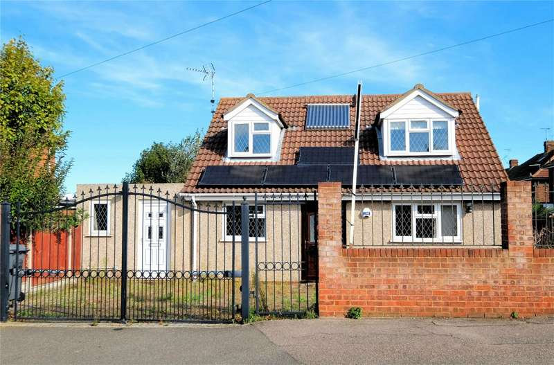 3 Bedrooms Detached House for sale in Saddleton Road, WHITSTABLE, Kent