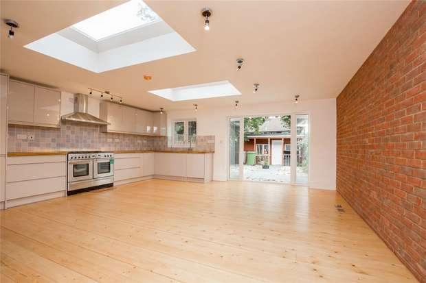4 Bedrooms Terraced House for sale in Harlesden Gardens, Harlesden, London
