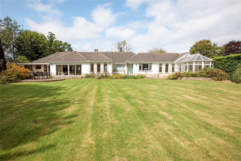 3 Bedrooms Detached Bungalow for sale in Hains Lane, Marnhull, Sturminster Newton, DT10