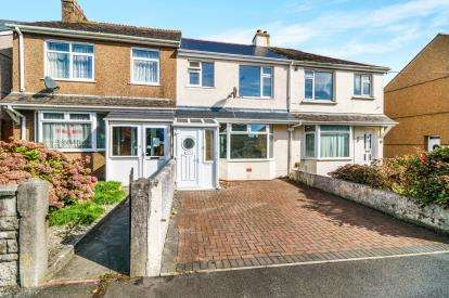 2 Bedrooms Terraced House for sale in Torpoint, Cornwall, Cornwall