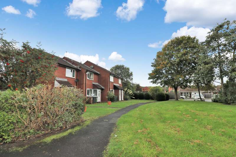2 Bedrooms Terraced House for sale in Litcham Close, Wirral, CH49 4GN
