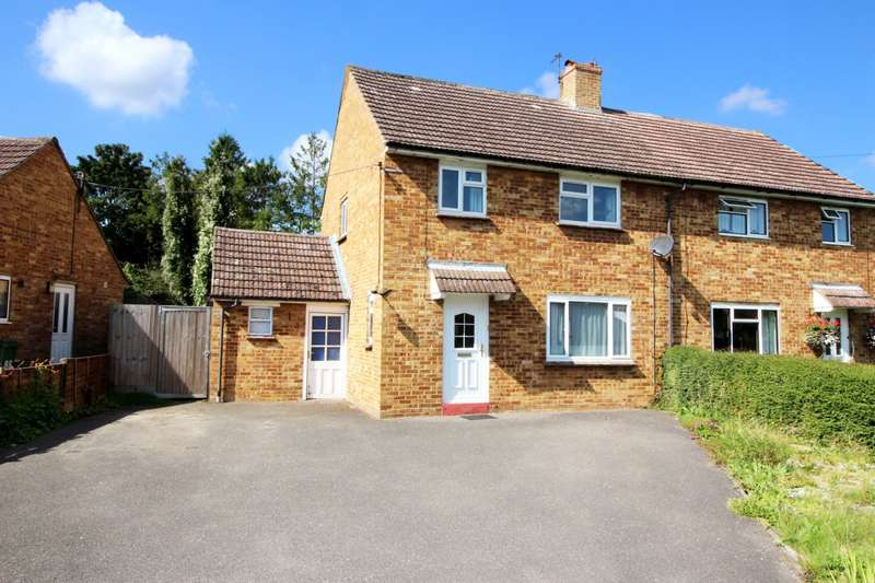 3 Bedrooms Semi Detached House for sale in Burcott Lane, Bierton, HP22