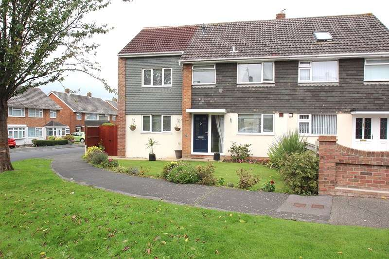 5 Bedrooms Semi Detached House for sale in Winnham Drive, Fareham