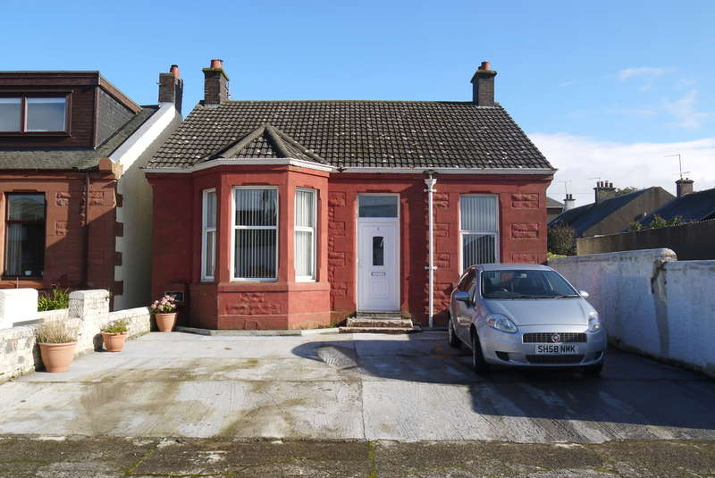 4 Bedrooms Bungalow for sale in Falkland Place, Ayr, KA8