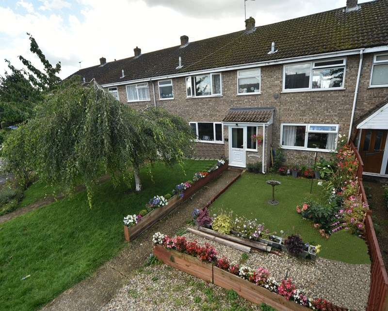 3 Bedrooms Terraced House for sale in Tithe Avenue, Beck Row, Bury St. Edmunds
