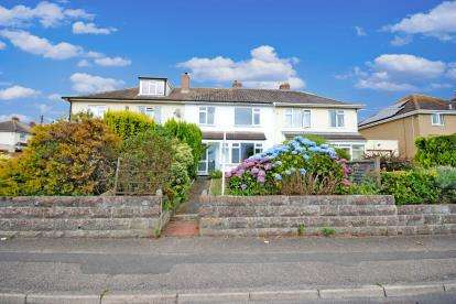 3 Bedrooms Terraced House for sale in Seaton, Devon