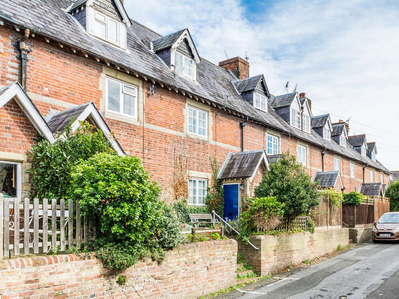 3 Bedrooms Cottage House for sale in Bond Street, Arundel